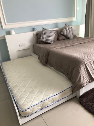 Pull out - Single bed