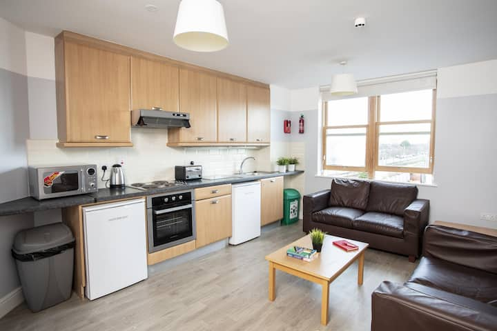 2 Bedroom Apartment - Griffith College 3 Pax