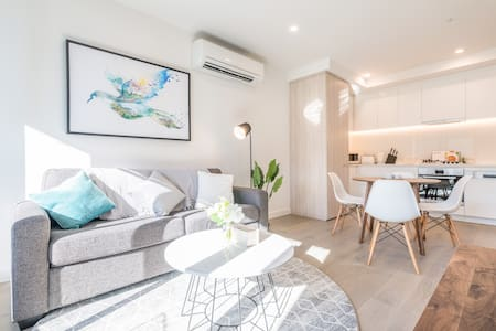 Chloe Serviced Apartment 2 Bedroom #13