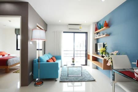 Delux double room with balcony - 卡图 - 公寓
