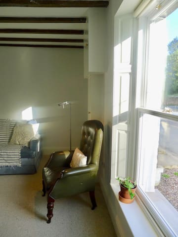 Traditional Cottage with bright kitchen extension - Shrewsbury - Ev