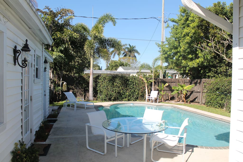 Cottage Renovated With Swimming Pool Houses For Rent In Lake Worth Florida United States