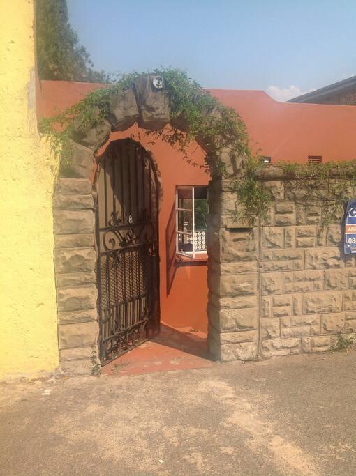 Villettas private entrance....Welcome!