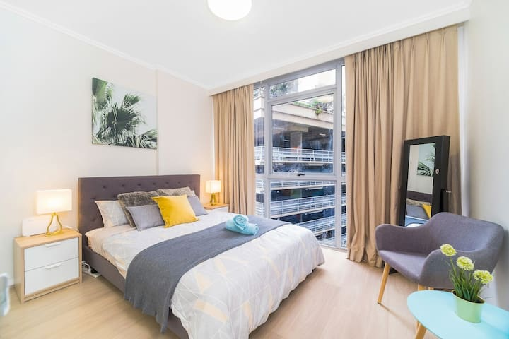 Sydney CBD Central ICC 3 Bedder FREE Parking+pool