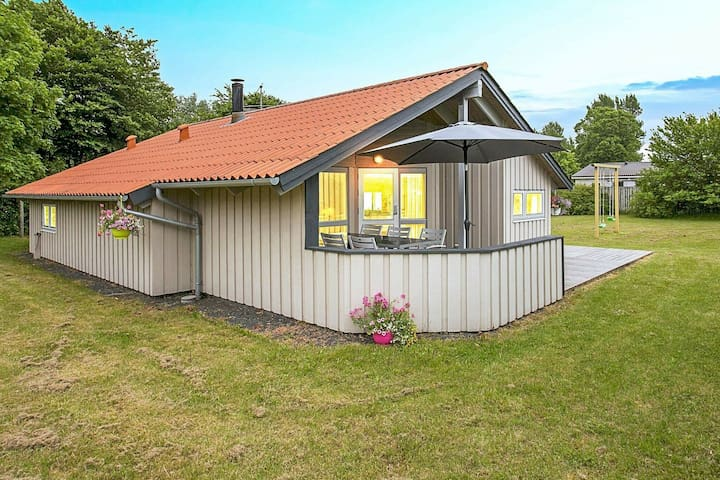 Comfortable Holiday Home in Gørlev with Sauna
