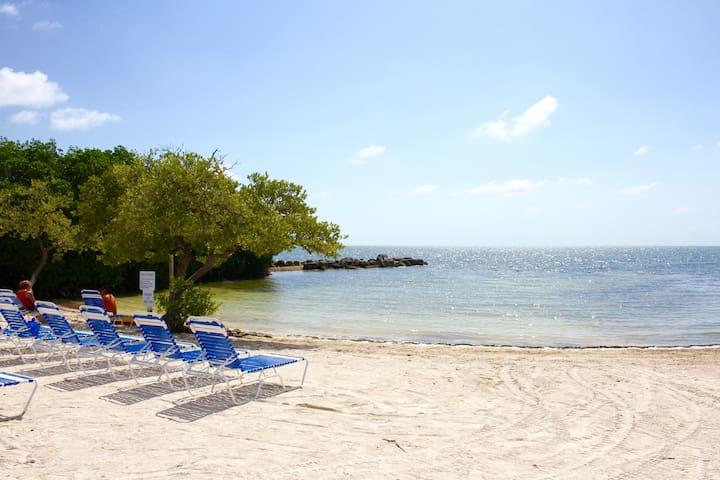 Ocean View 2BR/2BA+2BR/2BA, Beach, Tennis, Pool
