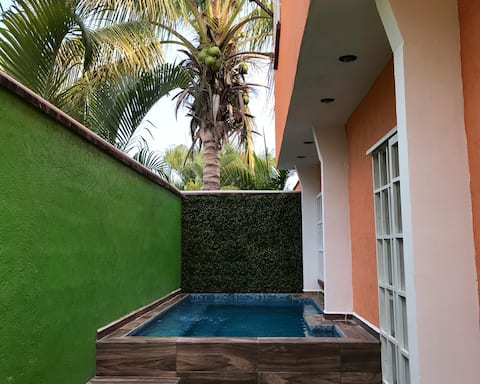 Casa de descanso con alberca priv. en Morelos
