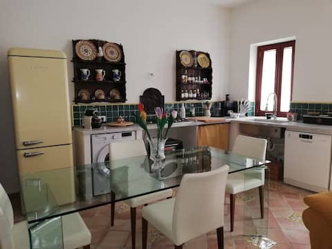Renovated apartment near Mondello beach
