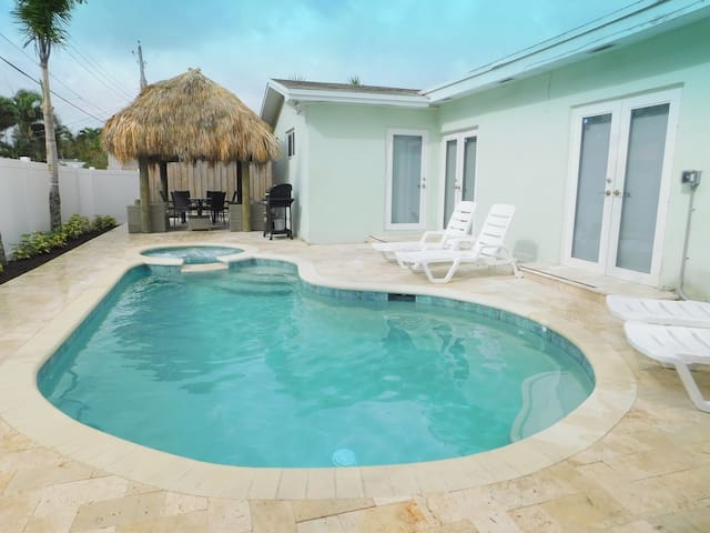 Las Turquesas New 5/3 For 12 Heated Pool, Jacuzzi
