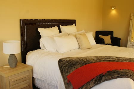 Luxury Oak Room