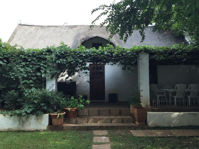2 bed on the river, cradle mankind - Centurion - House