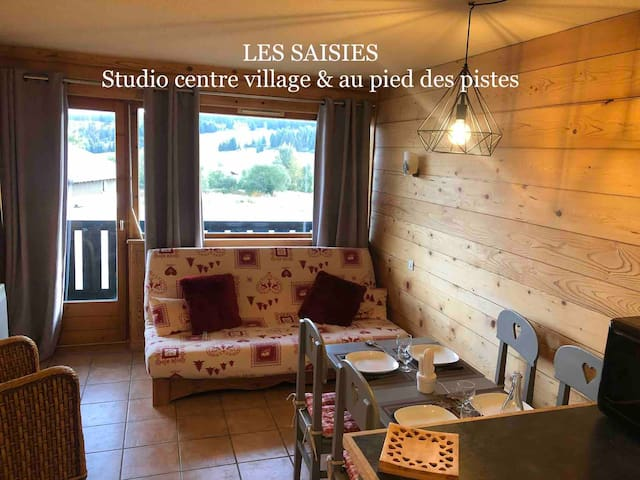 CHARMING STUDIO 2/4 PERS TO SAISIES