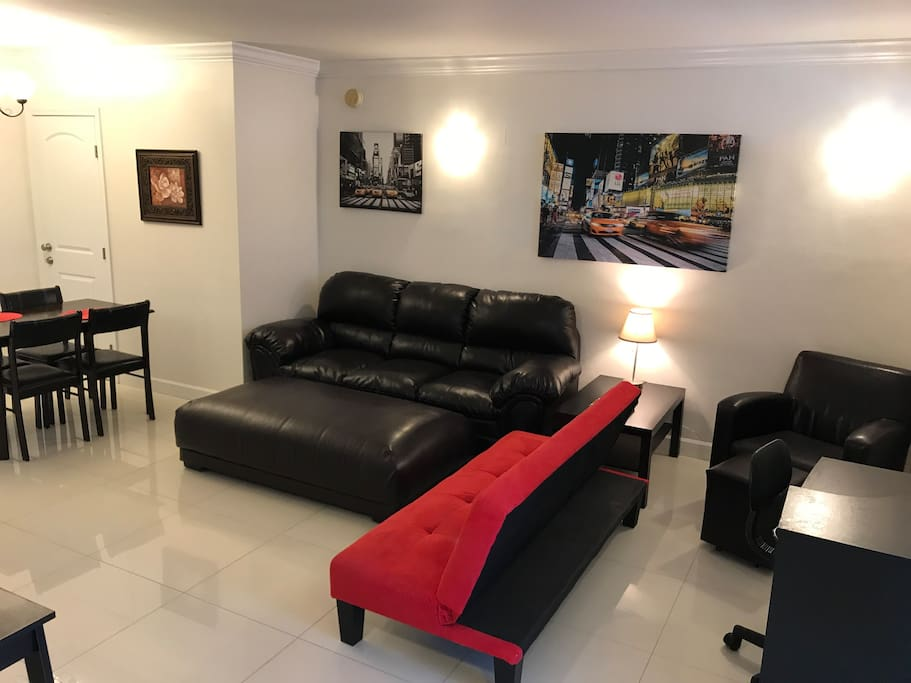 2 Linked Apartments With 3 Bedrooms 2 Bathrooms