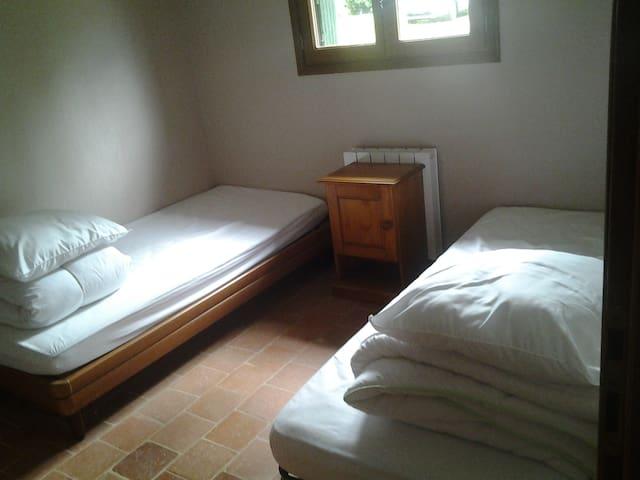 Chambre double au rdc
