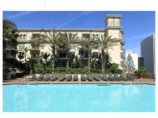 Female Only Luxury Housing (20% discount avl) - Los Angeles - Appartement