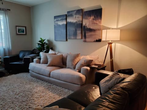 Townhouse - Private Room and Community Amenities