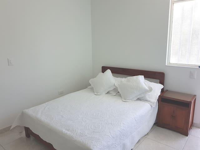 Habitación baño privado en Melgar