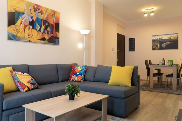 Smart Home, Down Town Modern Apartment in Athens