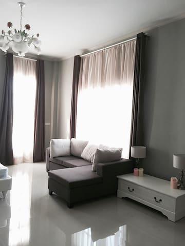 Reena's place - Tambon Pong Ta Long - Guesthouse