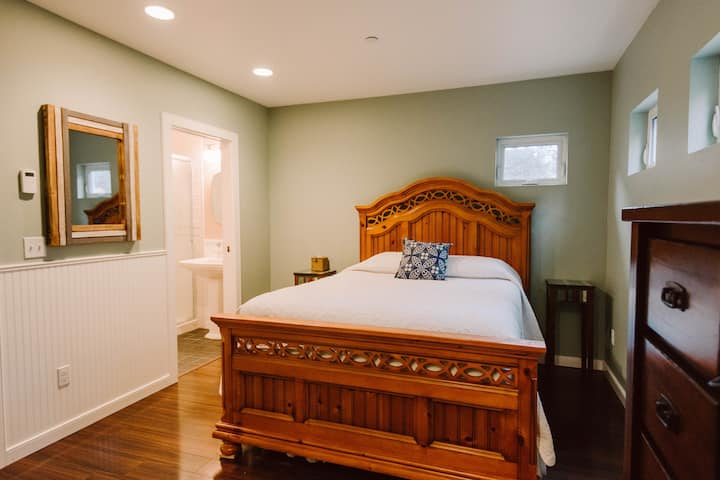 Paddock Suite at Creekside Haven