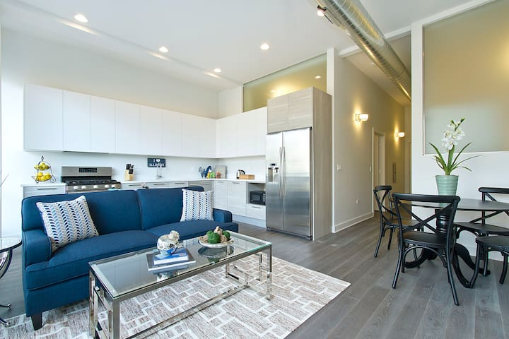 Sonder | Damen Apartment | Bright 2BR + Balcony