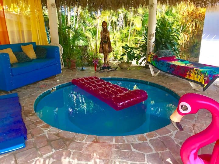 Buddha Lounge 2 - Apt Entire/Jacuzzi - 700m Beach