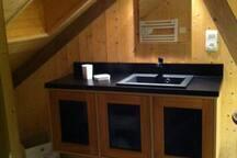 Salle de bain 2 communiquant avec chambre 3
