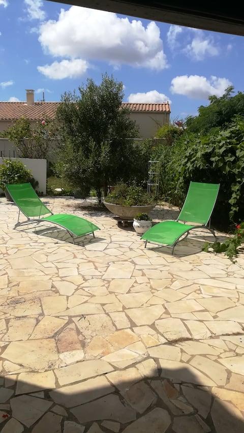 "Chambre ""romantique"" et terrasse privative"