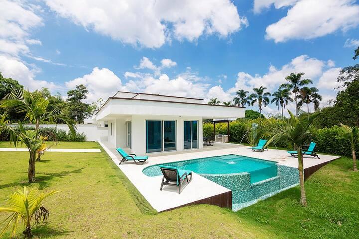 Villa Lagos - Villa privada