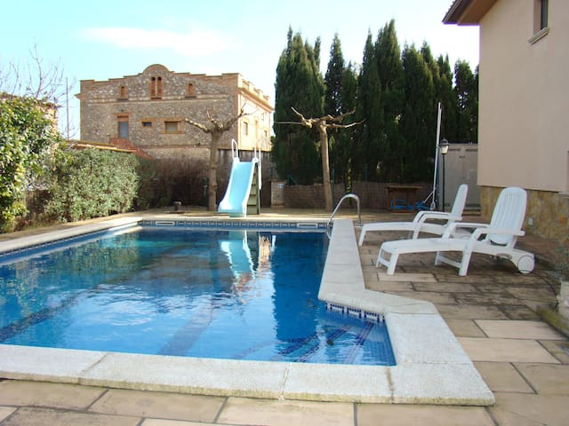 Sunny house with private pool near L'Escala - Viladamat - Haus