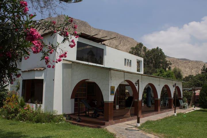 Casa de Campo en Cieneguilla Para 16 Personas