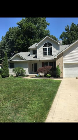 large home for rent for rnc - Madison - House