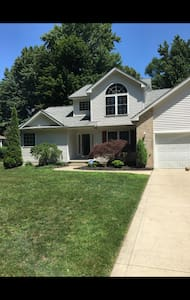 large home for rent for rnc - Madison - Ev