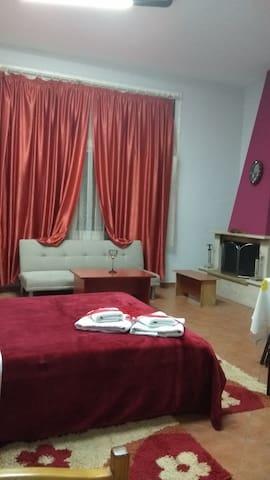 Guest House Sakis.Ορμα.Τηλ 6982976376