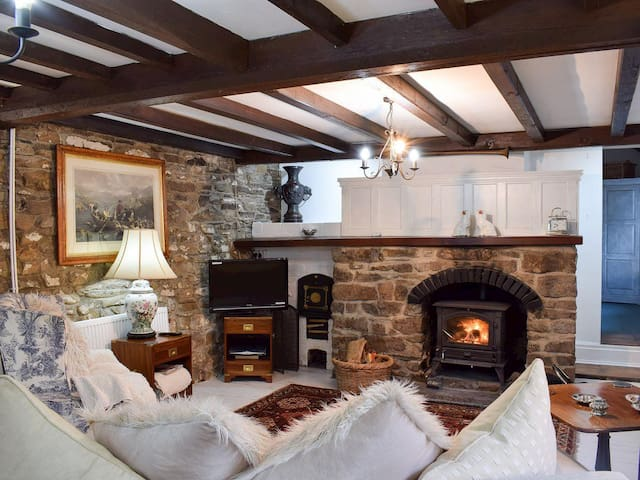 Pont Dulais Cottage (UK6491)