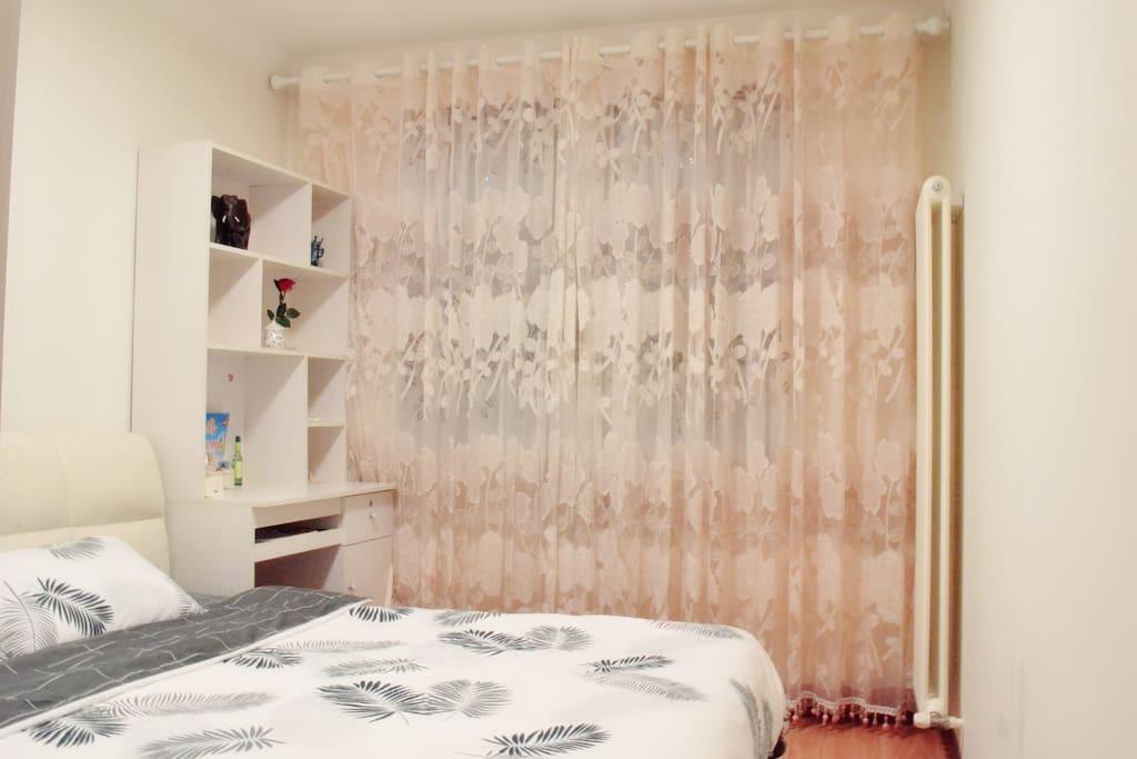 浪漫温馨的卧室B