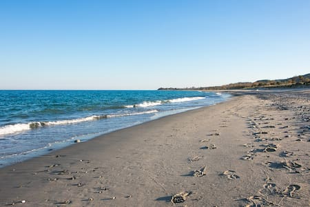 Casa Vacanze Calabria Jonica vicinissima al mare - Santa Caterina Dello Ionio Marina - Byt