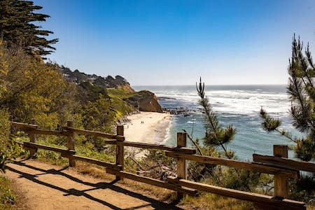 Private Coastal Getaway | Walk to Marine Reserve, Beach, Activities...