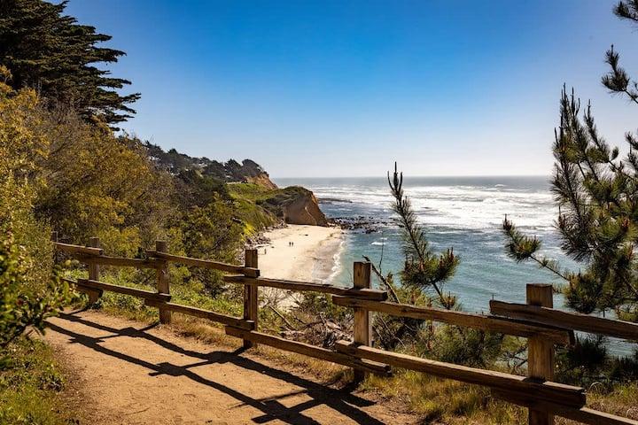 Private Coastal Getaway | Walk to Marine Reserve, Beach, Activities...