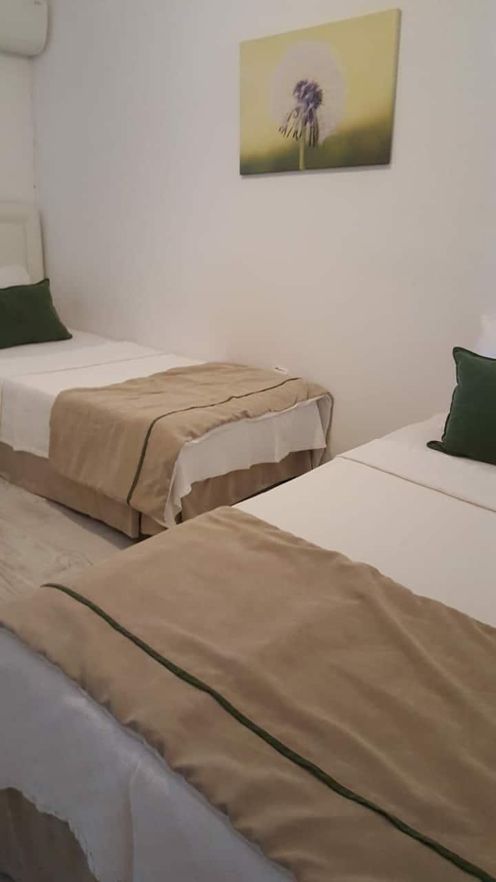 iki kişilik single bed