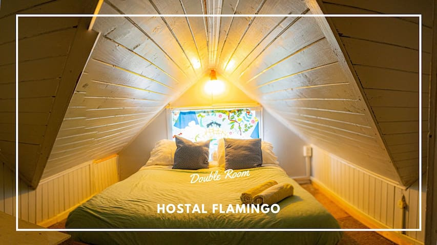 Cozy Attic Room for two, doble bed