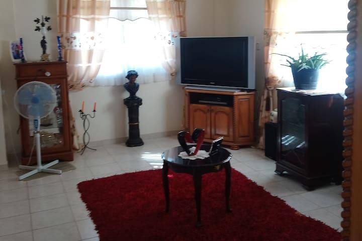 Cosy house in Oroklini