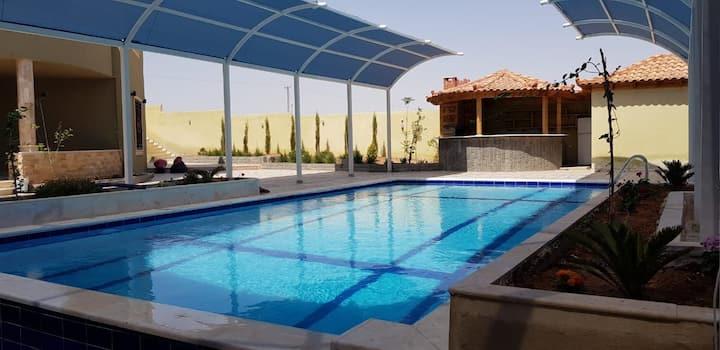 Luxury Villa in the Heart of Madaba