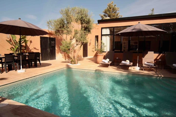 "Villa ""Ryan"" (4rooms-10pers) Exclusive-Heated pool"