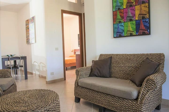 Peaceful Apartment in Campofelice di Roccella near Beach