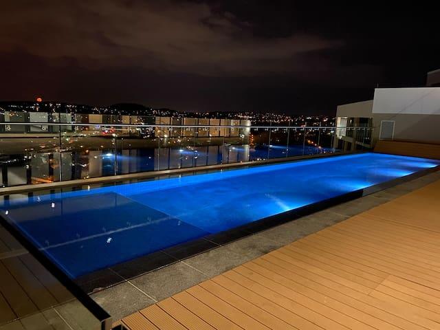 Menlyn Maine Luxury Apartment