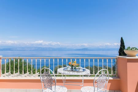 Greek Villa with the Stunning View - Achilleio - Rumah