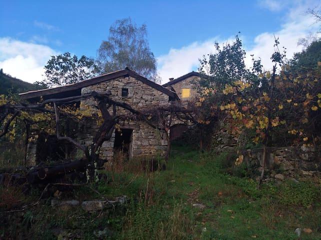Magnifique maison en pierre pour 8 personnes
