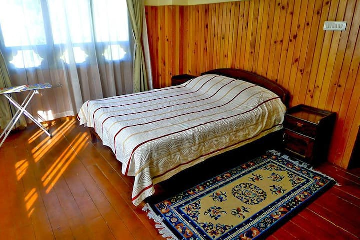 1BR-Luxury House Perfect for holidays to Bhutan