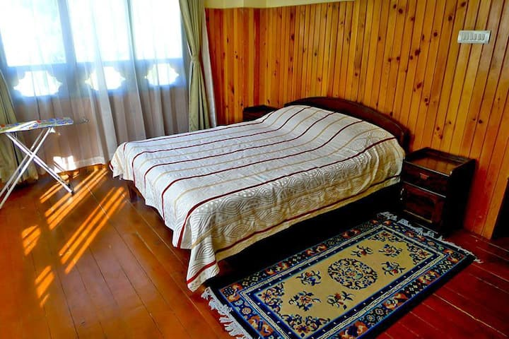 Beautiful cozy apartment in Thimphu city center